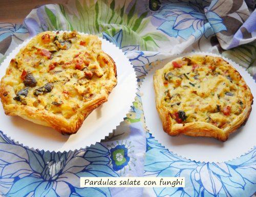 Pardulas salate con funghi