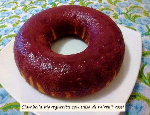 Ciambella Margherita con salsa ai mirtilli rossi