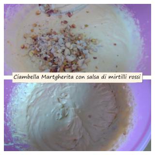 ciambella Margherita con salsa di mirtilli rossi