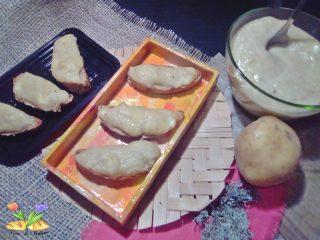 Bruschette con crema di verza e patate