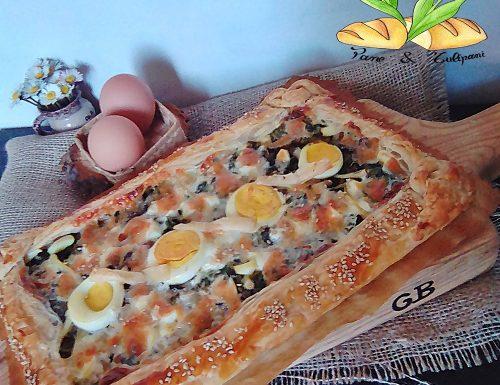 Quiche con misticanza di campo e uova