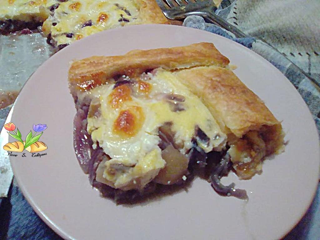 torta rustica con cipolle rosse