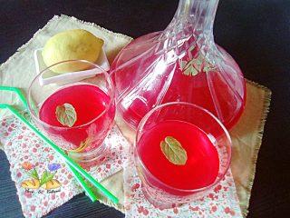 limonata rosè con mirtilli rossi