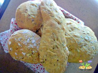 pane ai cereali con curcuma