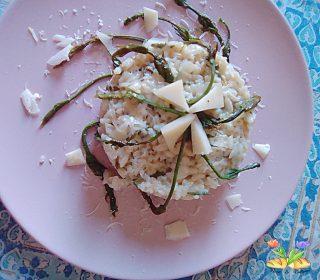 risotto con asparagi di luppolo e dadini di Asiago