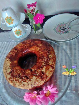ciambella con noci e cioccolato cotta nel fornetto Versilia