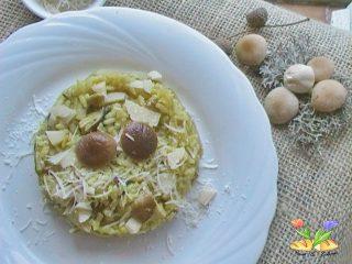 risotto con funghi pioppini e curcuma