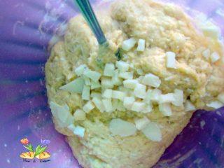 rustico con formaggi pancetta e olive