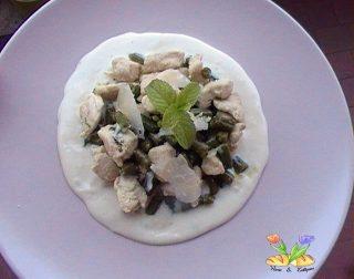 dadini di pollo con fagiolini su crema al gorgonzola