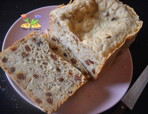 Pan bauletto con caldarroste e uvetta sultanina