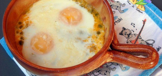 uova al forno con piselli
