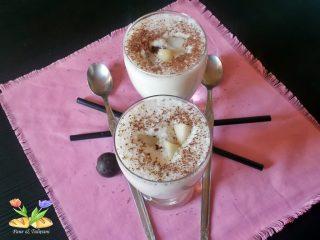 smoothie con cioccolato e pere caramellate