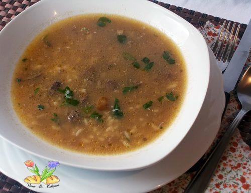 Zuppa di riso con fegatini di pollo