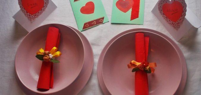 segnaposti e biglietti per San Valentino