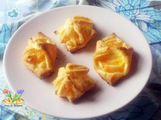 sfogliette con mascarpone e mandarini