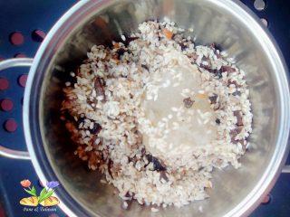 risotto con pasta di salame e porcini