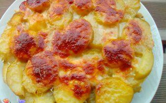 tortino di patate con pollo e piselli