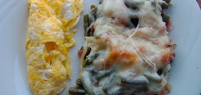 fagiolini con pancetta e provola
