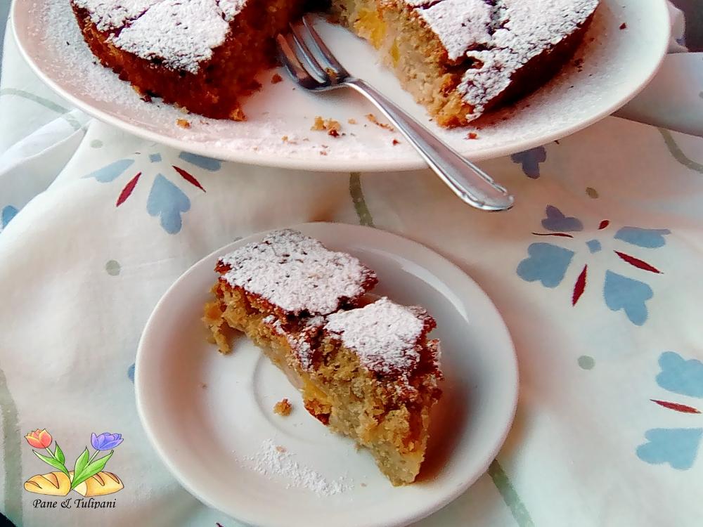 torta con succo di gelsi
