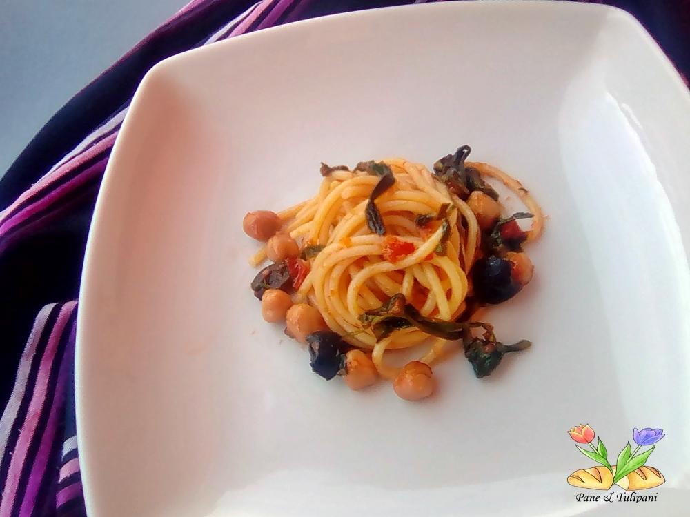 spaghetti con ceci e piattolina
