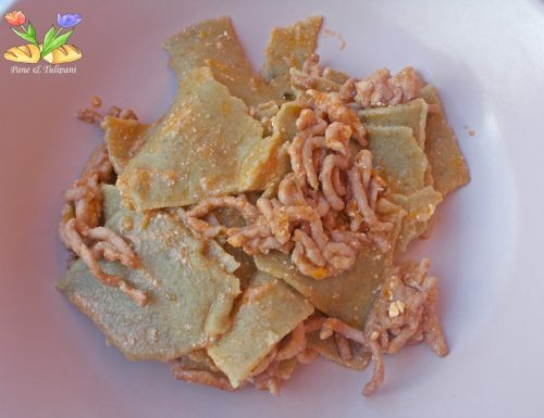Straccetti di grano duro e farina di ceci con salvia