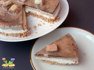 cheesecake con wafer ai frutti di bosco