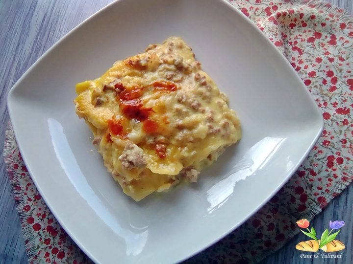 lasagne gialle con cavolfiori e curcuma
