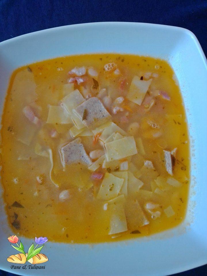 maltagliati in zuppa con salvia e cannellini