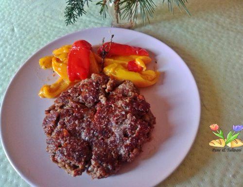 Maxi hamburger con provolone piccante