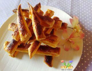 sfogliette dolci con marmellata e cannella