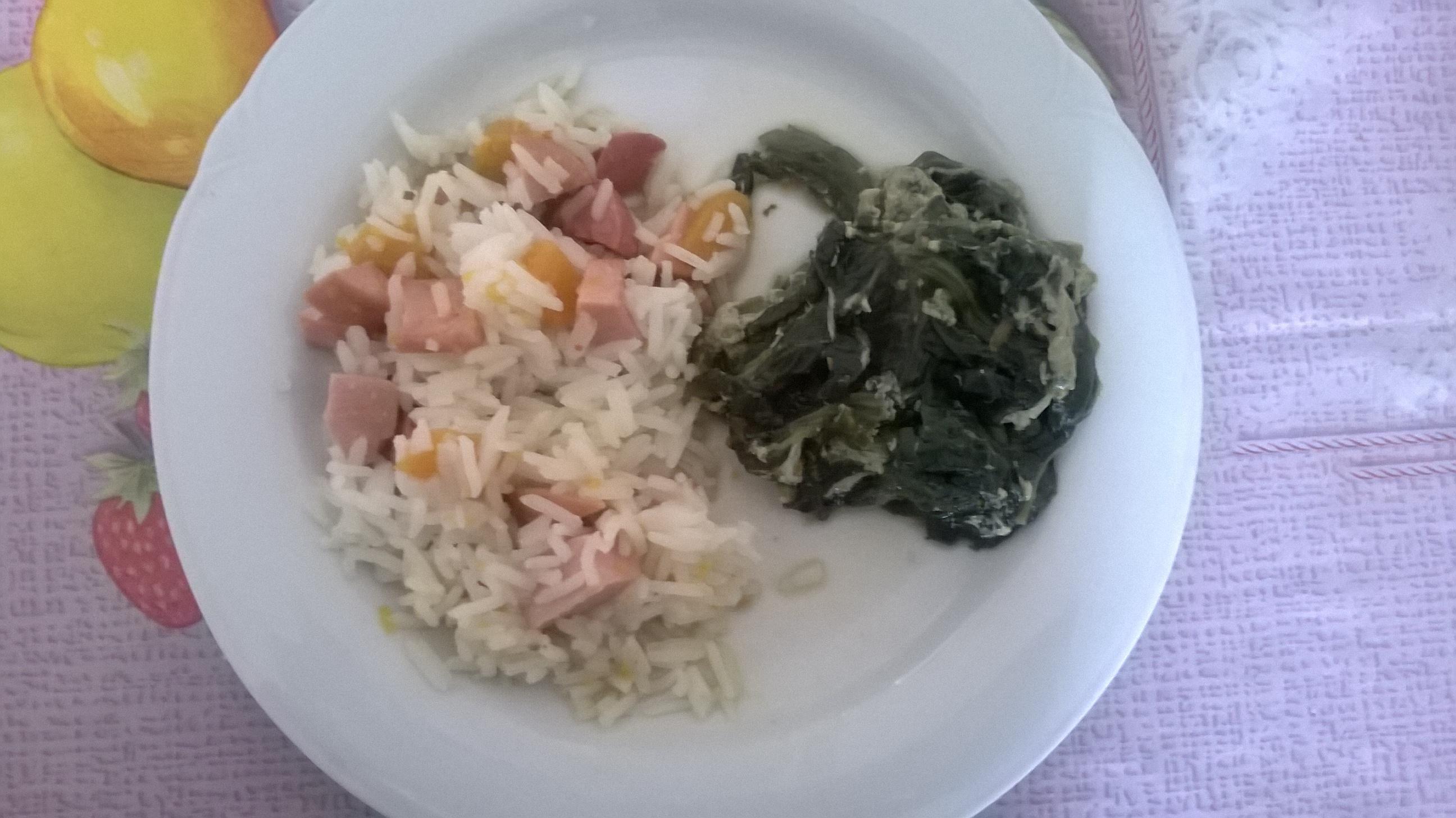 Risotto con wurstel e zucca e spinaci
