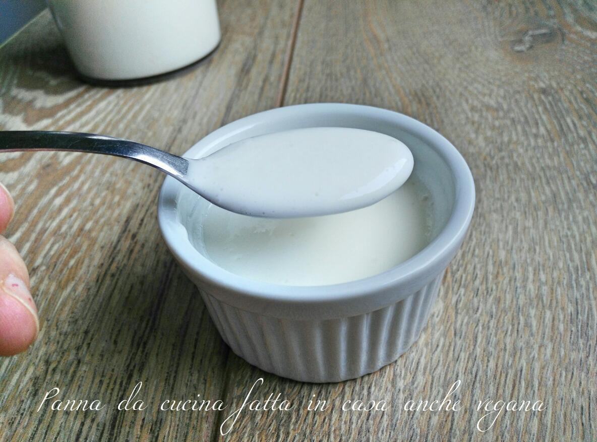 Panna da cucina fatta in casa anche vegana cucinare con vita - Come sostituire la panna da cucina ...