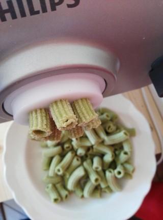 Maccheroni di spinaci con pancetta e olive cucinare con vita - Cucinare olive appena raccolte ...