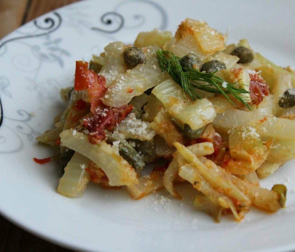 Finocchi stufati in padella, ricetta vegetariana