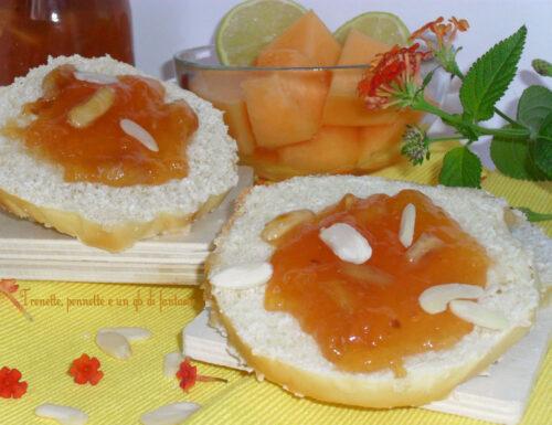 Marmellata di melone con mandorle e limone