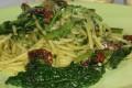 Spaghetti cavolo nero e pomodorini secchi