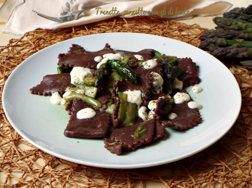 Maltagliati al cacao con asparagi e fonduta