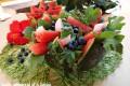 Insalata di rucola con cocomero, mirtilli e tacchino
