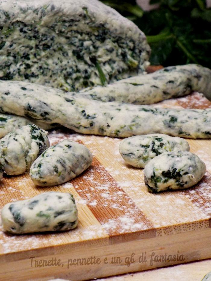 Impasto gnocchi con ricotta e spinaci