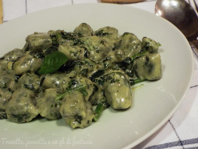 Gnocchi di ricotta e spinaci con taleggio