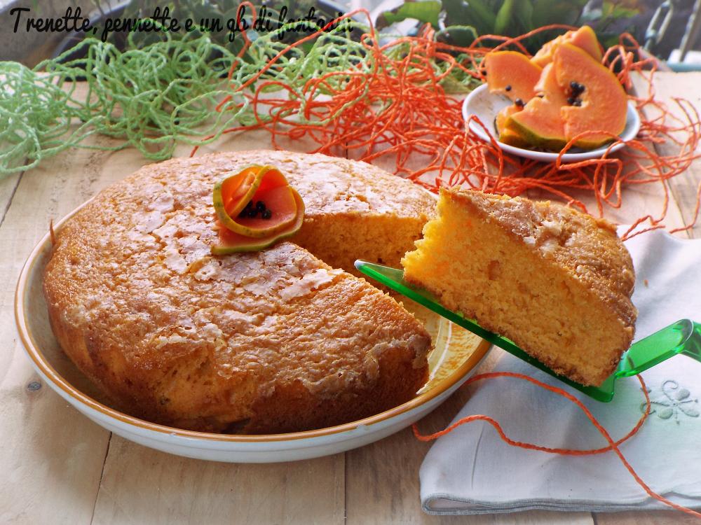 Torta frullata con papaya e lime