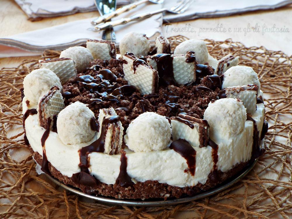 Cheesecake al cocco con raffaello e waffer