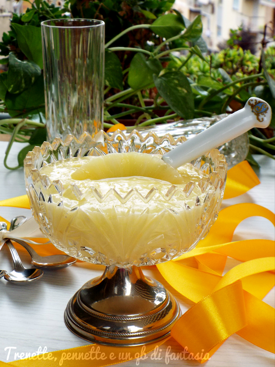 Crema di ananas senza latte