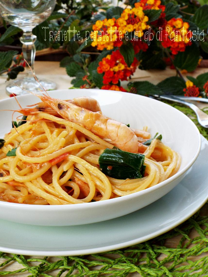 Spaghetti alla chitarra con gamberi e porro