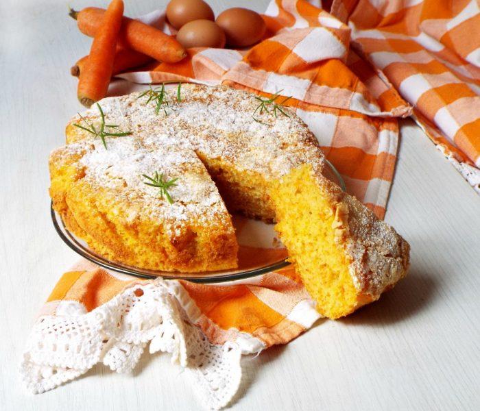 Torta carote e mandorle profumata alle clementine