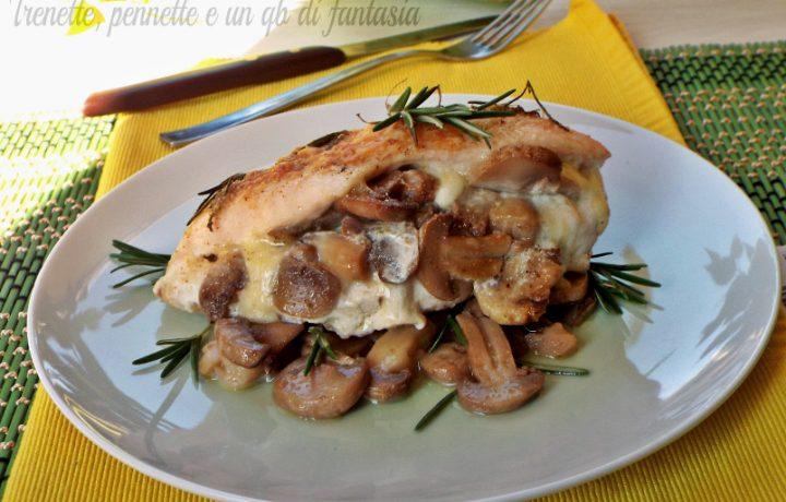 Petto di pollo farcito con funghi e mozzarella
