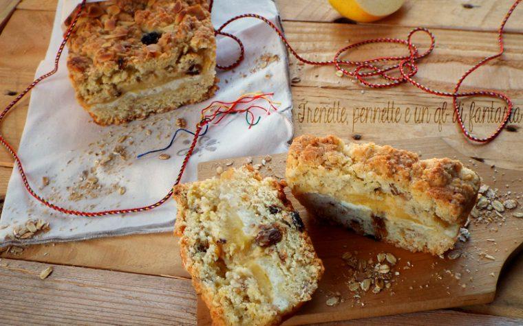 Plumcake sbriciolato al muesli con ricotta e mele
