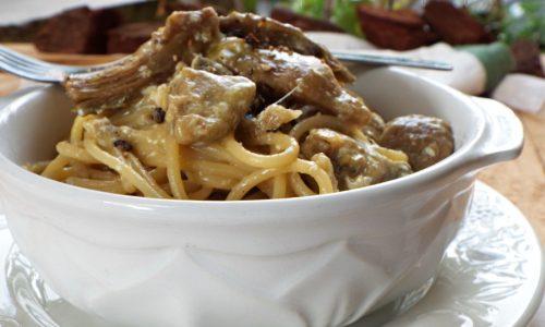 Spaghetti alla carbonara con carciofi