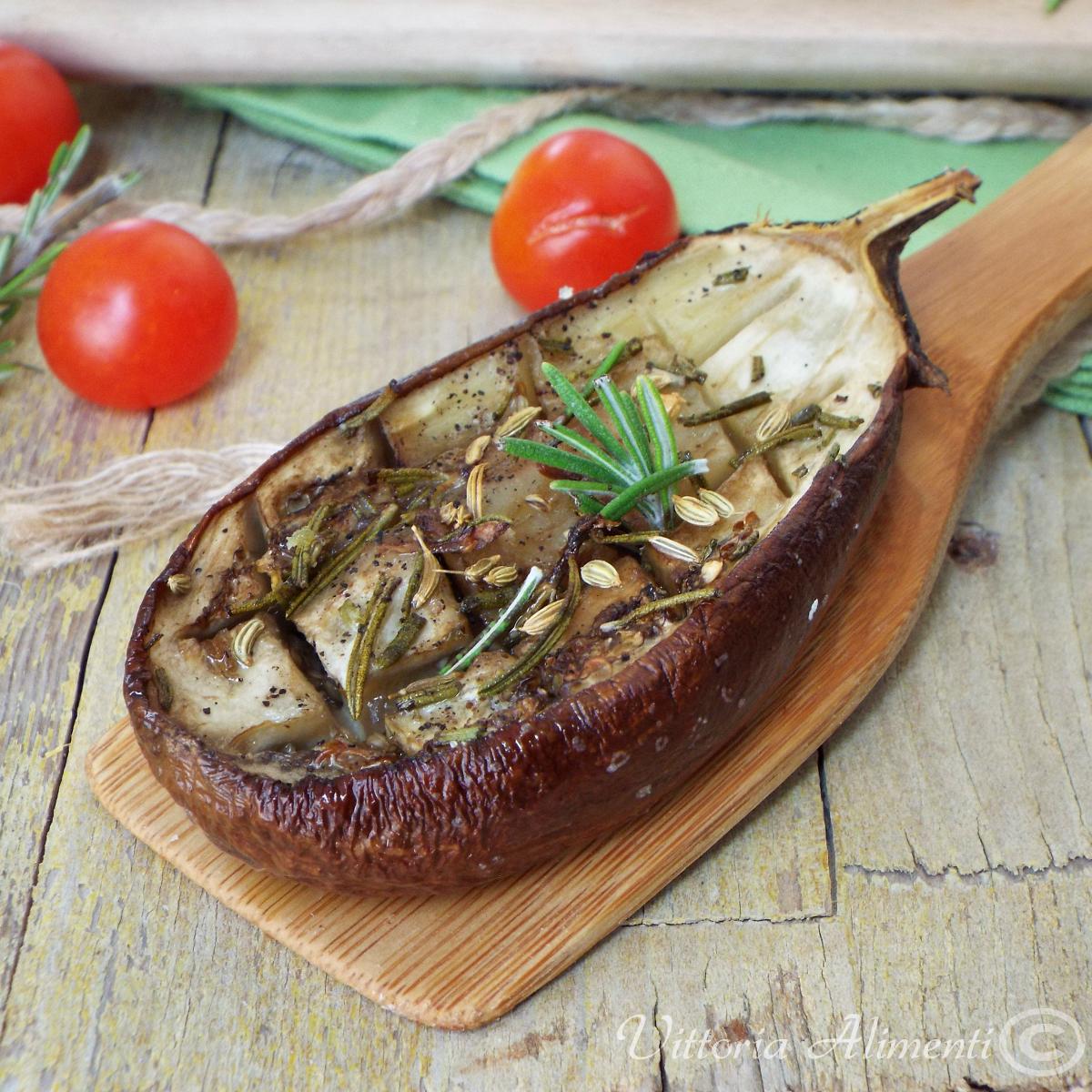 Melanzane grigliate al forno con rosmarino finocchio e aglio