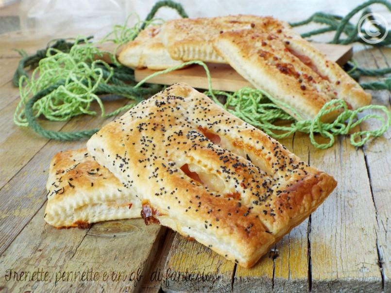 Fagottini di sfoglia con prosciutto cotto e formaggio